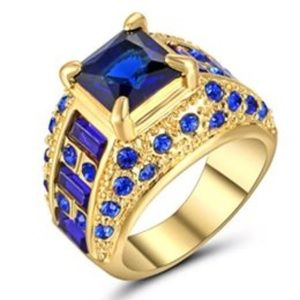 Size 6 Princess Cut Sapphire Gold Plate Ring